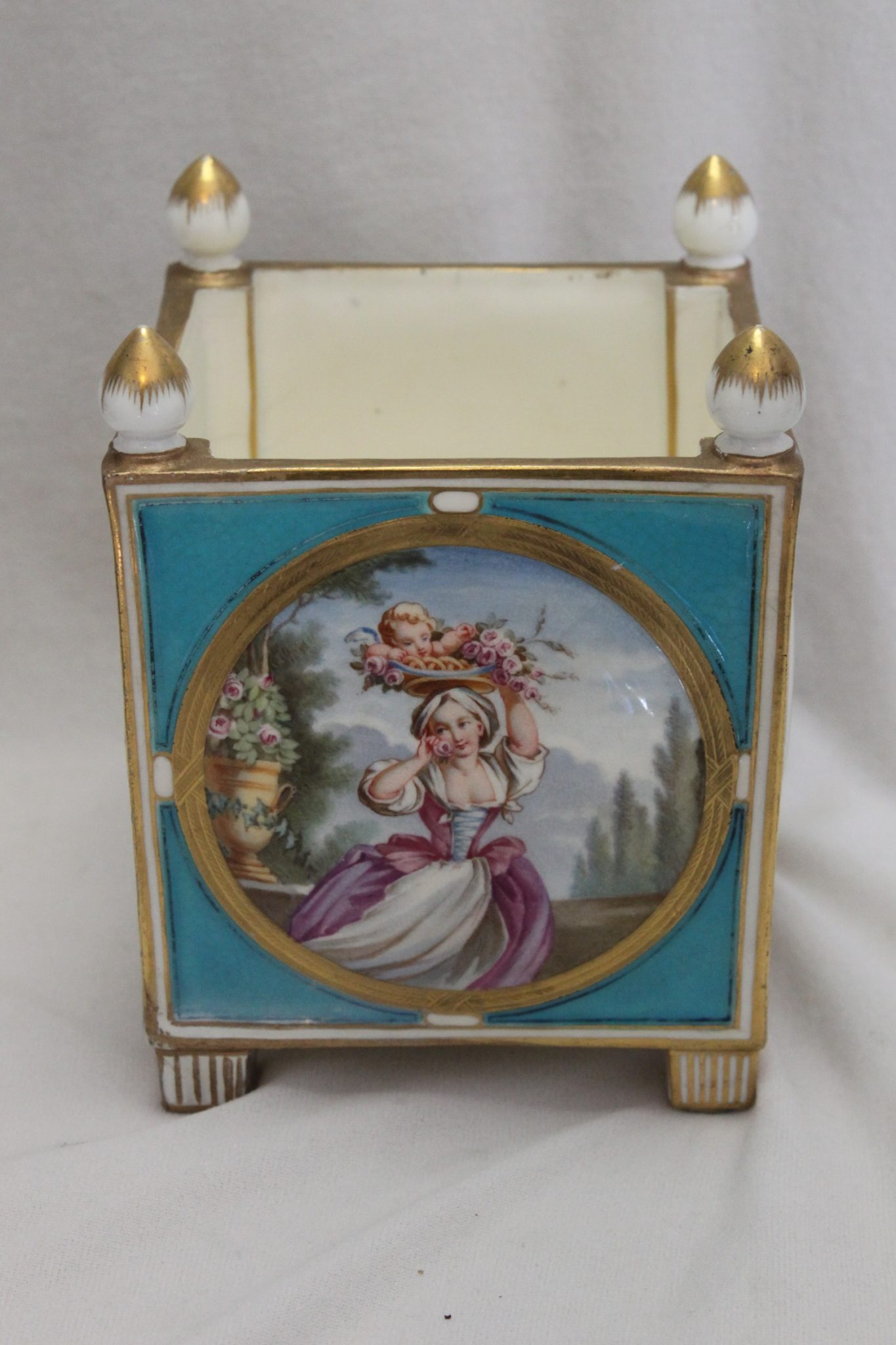 Minton hand painted small jardiniere