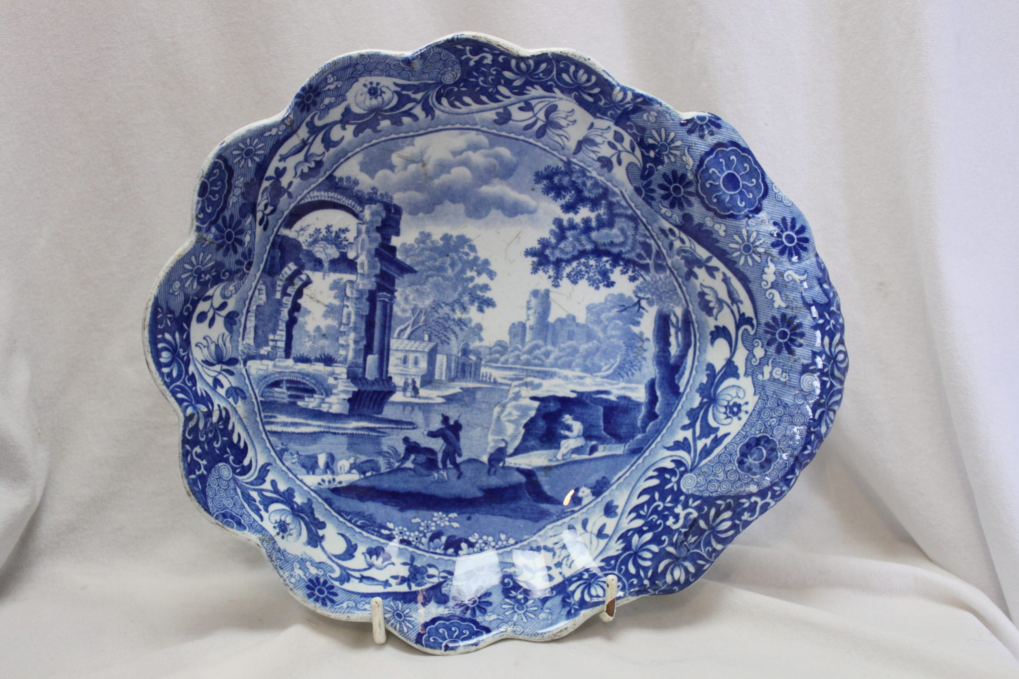 Spode dessert bowl decorated with Blue Italian pattern