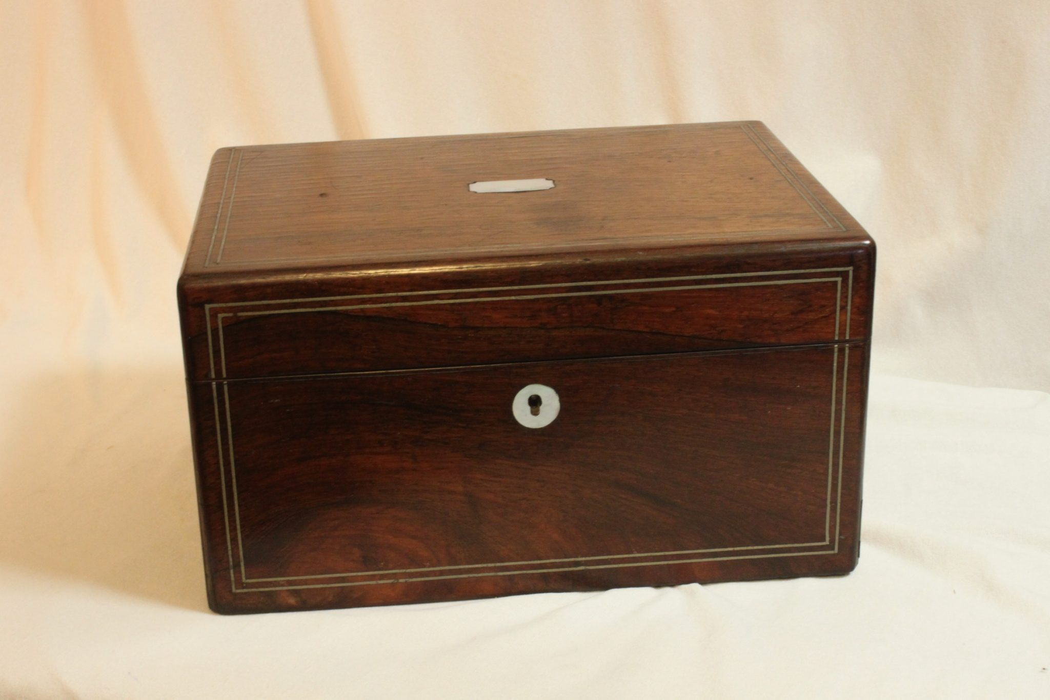 Rosewood veneered ladies travelling box with secret drawer
