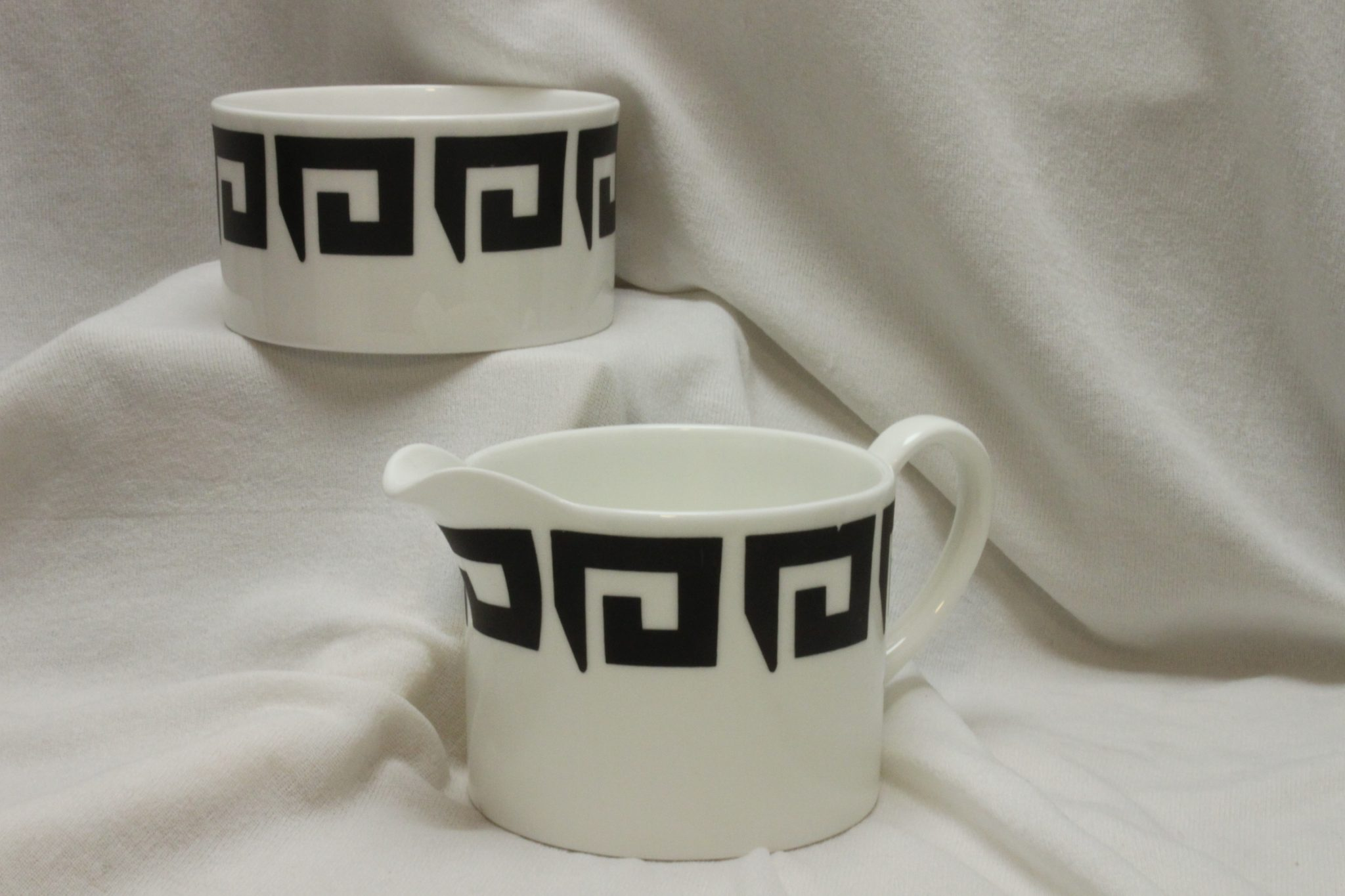 Susie Cooper milk jug and sugar bowl Keystone pattern C2131