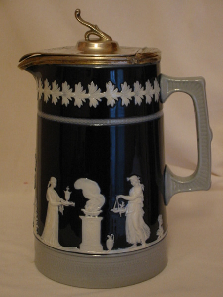 Copeland EP lidded hot water jug.