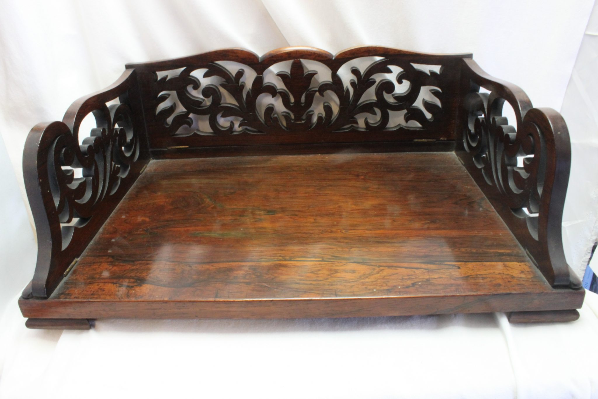 Rosewood desk top book stand with fretwork sides