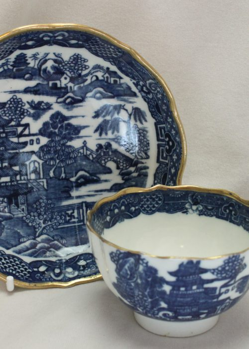 Caughley blue and white tea bowl and saucer