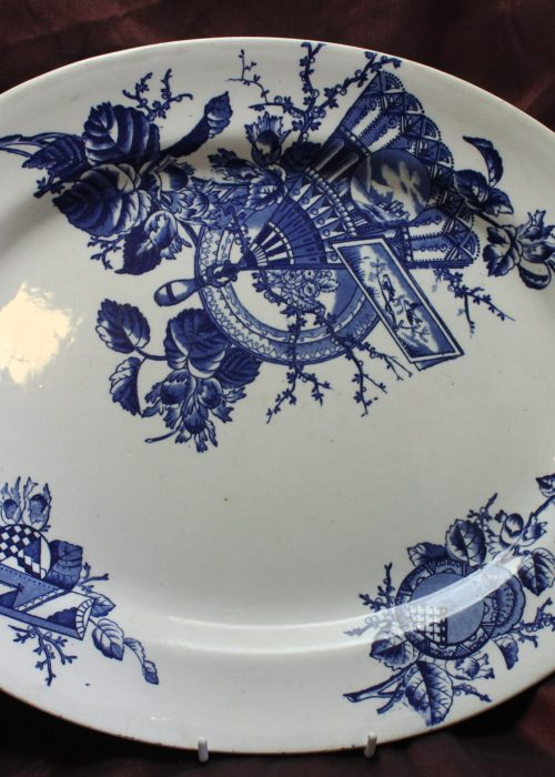 Blue & White Aesthetic Movement platter