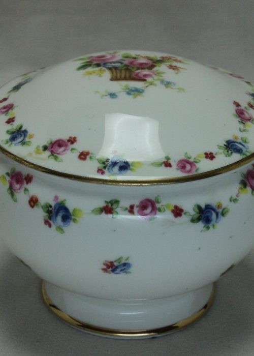 Royal Doulton porcelain trinket box