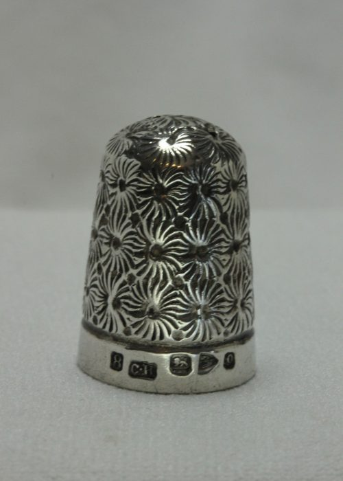 Charles Horner sterling silver thimble Chester 1897