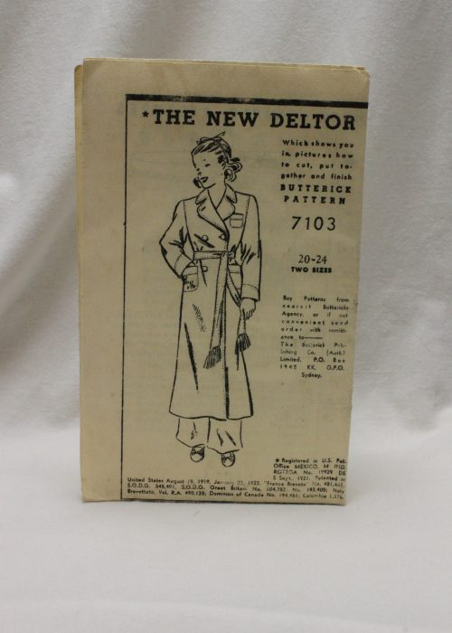 Butterick dressing gown pattern 7103 early 1920's