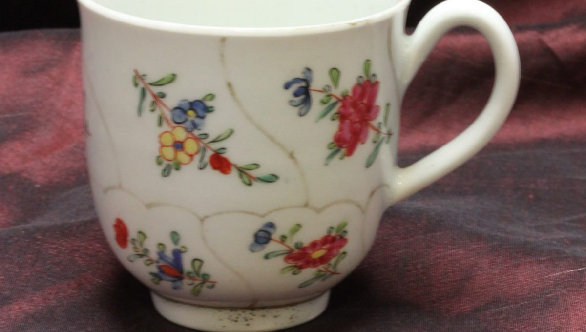 Worcester porcelain coffee cup c 1770