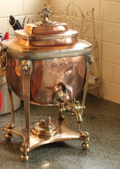 Georgian copper and brass hot water urn