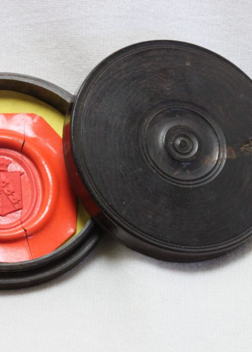 Wax seal impression in a turned box 48 mm diameter