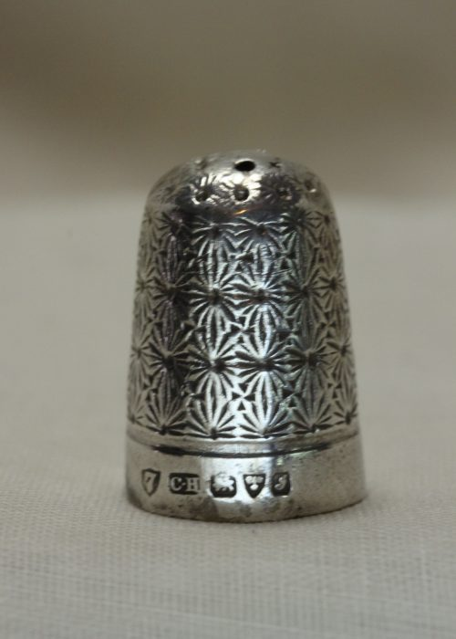 Sterling silver thimble by Charles Horner Chester 1909.